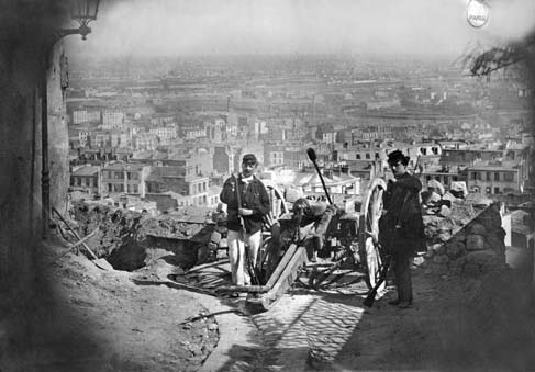 Federati e comunardi difendono Parigi