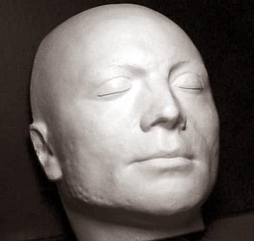 La maschera mortuaria eseguita su Robespierre da Marie Tussaud, oggi ad Aix-en-Provence