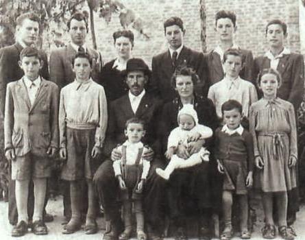 Famiglia primonovercentesca