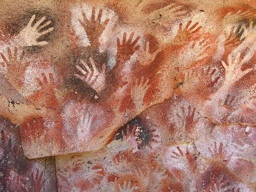 Lascaux mains