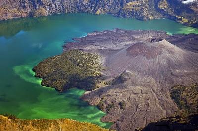 L'isola vulcanica di Samalas - Indonesia