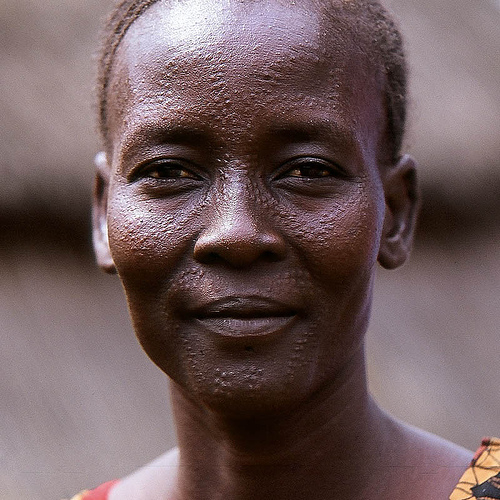 nuer-woman