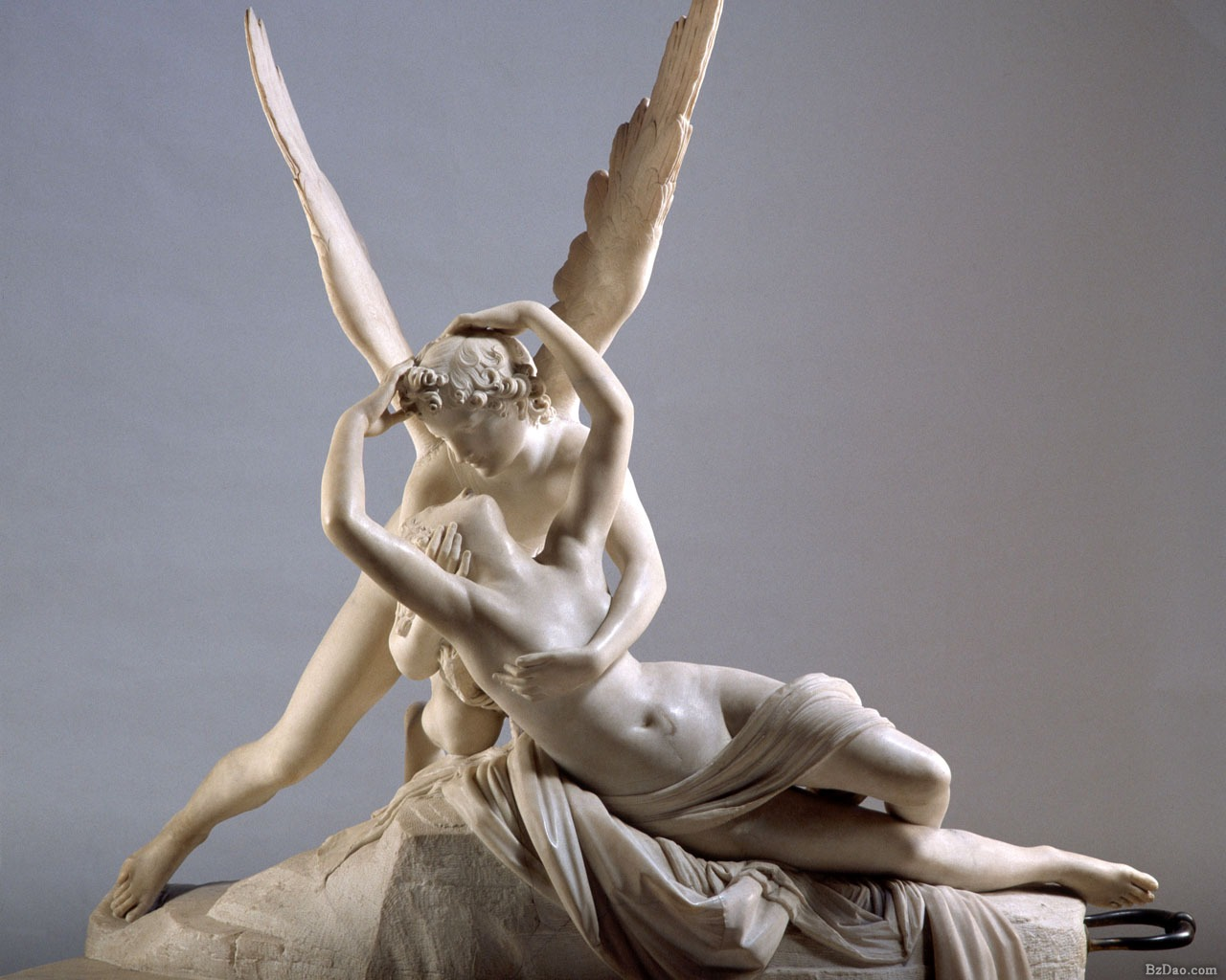 Cupid and Psyche by Antonio Canova in Musee du Louvre