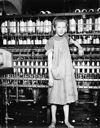 bambina operaia
